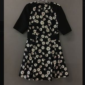💐Beautiful Black Floral Zara woman BNWOT DRESS💐